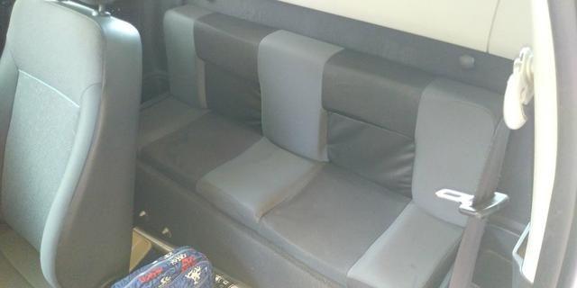 Saveiro cabine estendida troco por carro fechado de menor valor - Foto 3