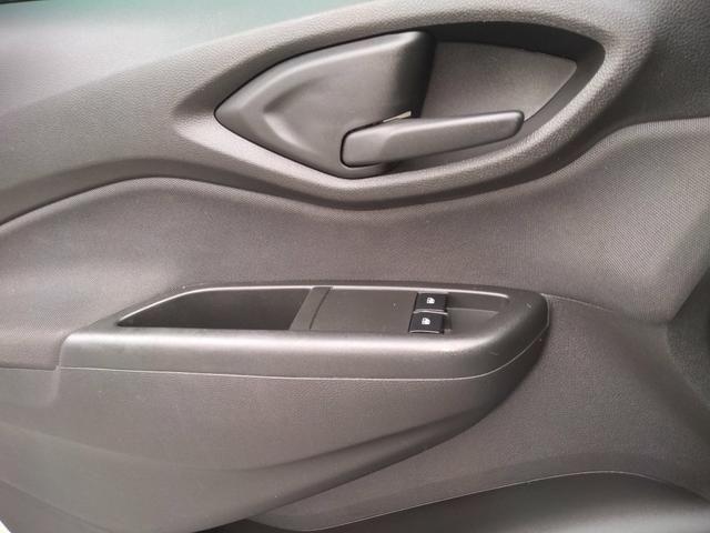 Onix LT completo abaixo tabela pneus okm air bag abs revisado garantia - Foto 18