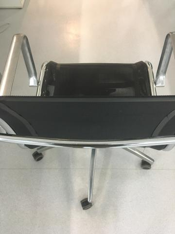 Cadeira para Escritório com Braço e regulagem - Foto 4