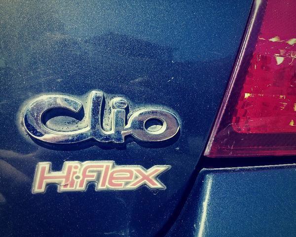 Clio Sedan 2004 1.6 16V Completo - VENDO OU TROCO POR CELTA OU PALIO - Foto 12