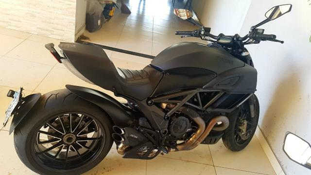 Vendo Ducati Diavel Dark