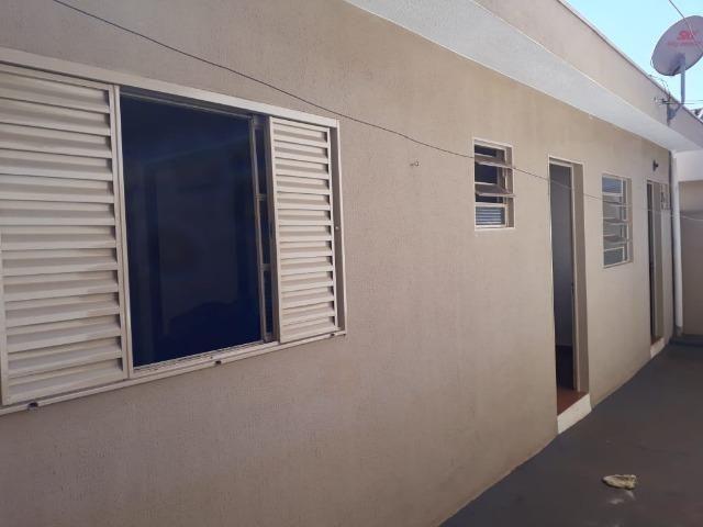Aluga-se Casa Fundo Telefone 016 3639-2662 Dona Maria