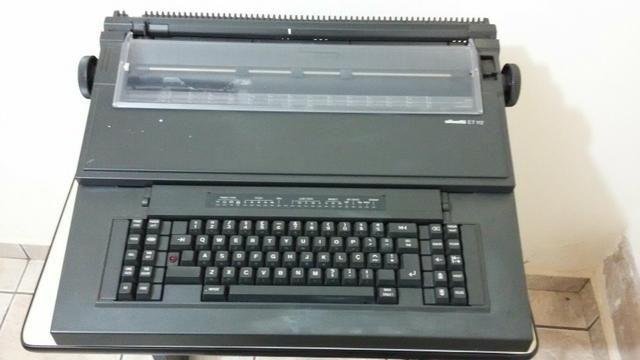 Máquina de Datilografia Eletrica