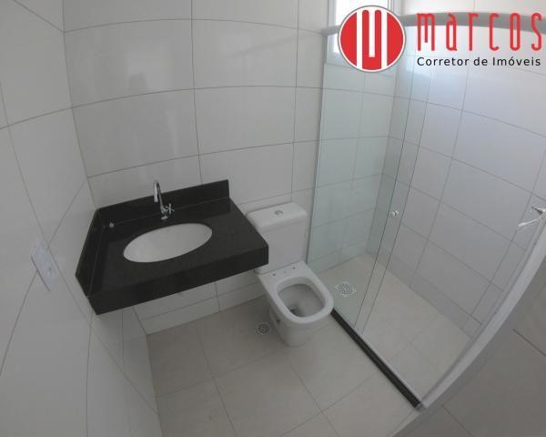 Apartamento para locação 3 quartos, amplo e novíssimo na Praia do Morro. - Foto 17
