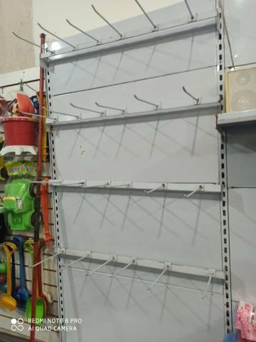 Gôndola de parede com ganchos - Foto 3