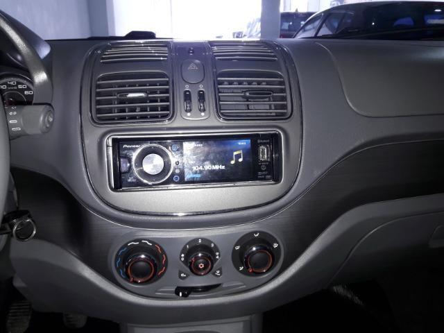 Grand siena essence 1.6 ano 2015 placa i completo roda de liga som usb air bag abs - Foto 7