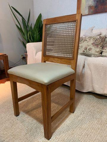 Cadeiras de madeira maciça - Foto 4