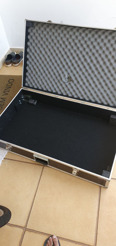 Hard case - caixa rígida para guarda de objetos