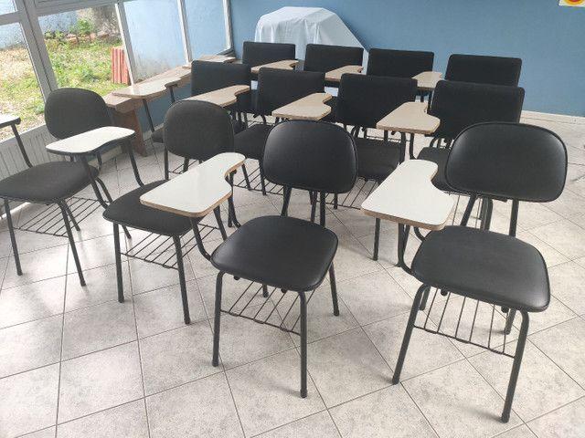 Cadeira universitária - PROMOÇÃO PANDEMIA!
