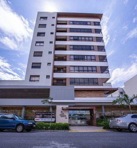 E. Apartamento em Florianópolis 2 dorms 2 suítes no bairro Balneário, 2 vaga de garagem