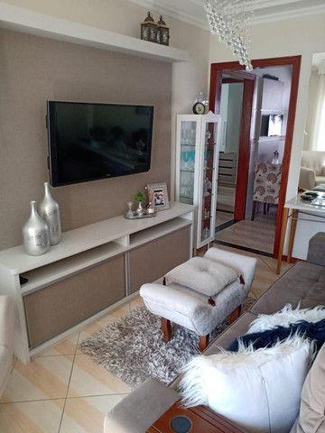 Apartamento mobiliado em ótima localização - Foto 2
