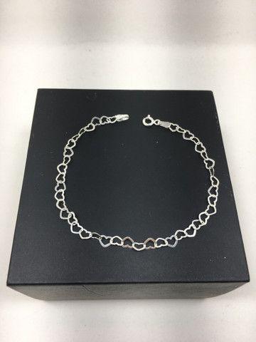 Pulseira coração vazado em prata 925 legítima   - Foto 2