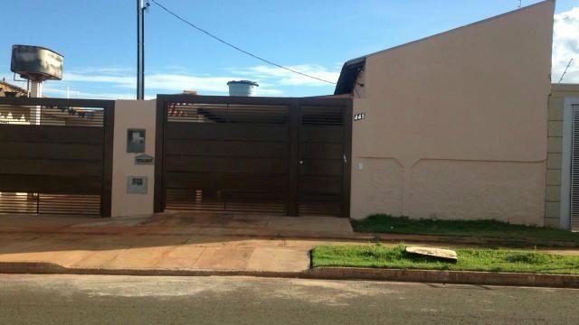 Alugo casa vila São Pedro