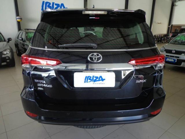 Toyota Hilux SW4 SW4 2.8 SRX AUT. 4X4 7 LUGARES - Foto 2