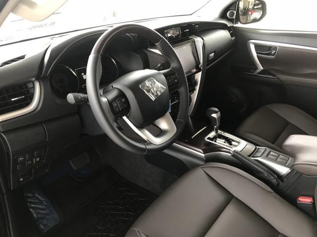 Toyota Sw4 SRX 2.8 Diesel 4x4 - 2020/2020 Lince Toyota Flamboyant - Foto 13