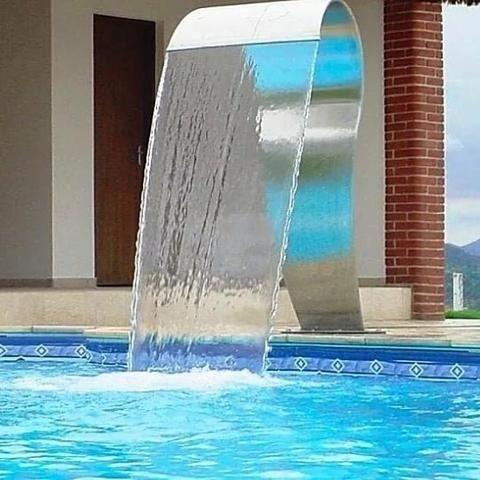 Cascata de piscina em inox