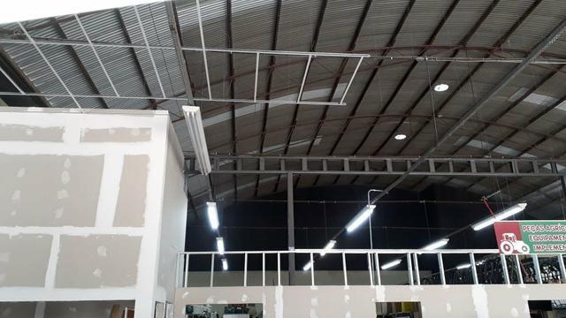 Pintura, drywall e steel frame