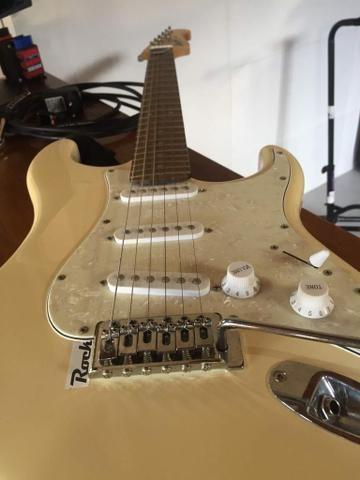 Vendo guitarra ou troco por roçadeira - Foto 3