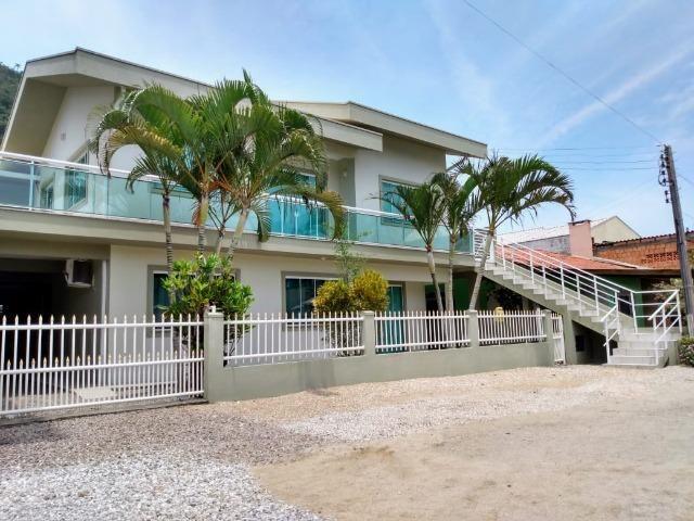 Casa térrea a 20 metros do mar - Foto 2
