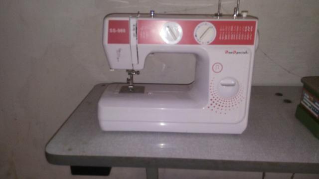 Prensa térmica + overlook semi industrial + maquina de de costura reta - Foto 2