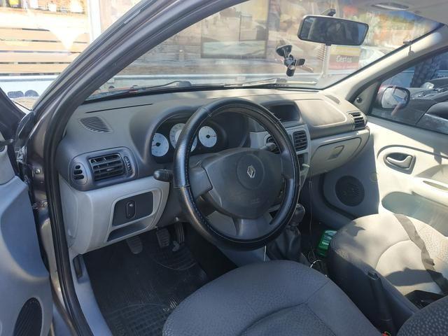 Renault Clio 2007 com detalhe esportivo - Foto 6