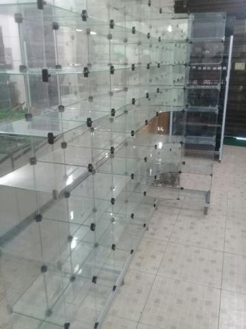 Estante Modular de Vidro