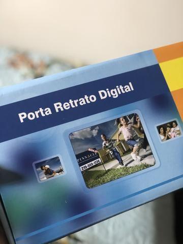 Porta retrato digital novo