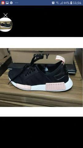 Vendo um par de tênis da Adidas feminino tamanho 37 Novo na caixa