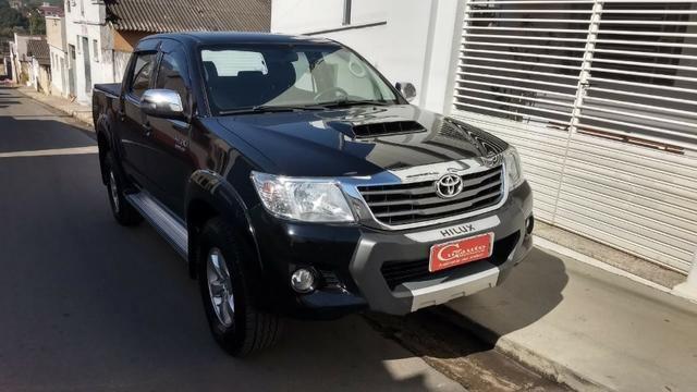 Toyota Hilux SRV 4x4 3.0 Diesel Aut - Foto 2