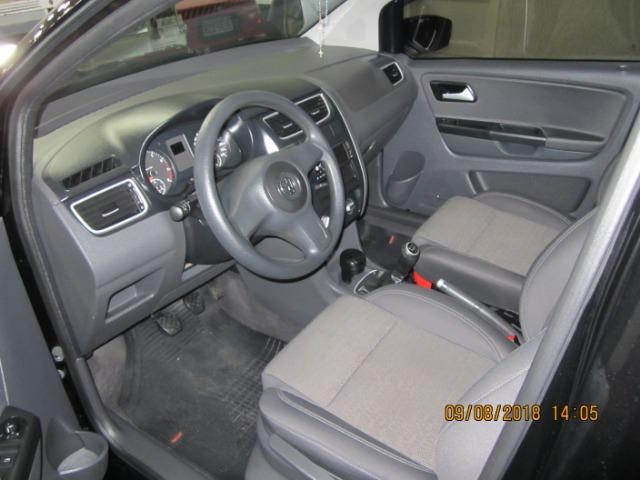 Volkswagen Fox 1.6 Trend 2013 Completiss Flex 5p Novissimo - Foto 6