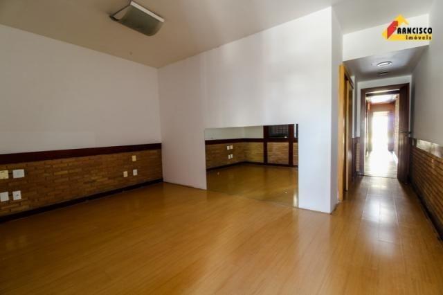 Casa Comercial para aluguel, 3 quartos, 4 vagas, Centro - Divinópolis/MG - Foto 17