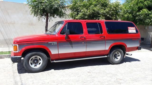 D 20 Veraneio -12 Lugares + bagageiro/Diesel - Motor Pericles 4cc /1991 -Ar Condicionado - Foto 3