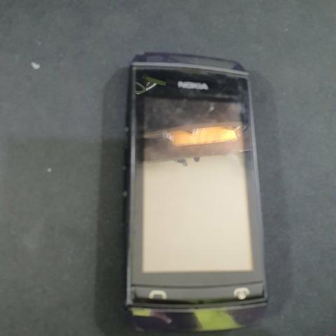 Nokia Asha 305 - Foto 3