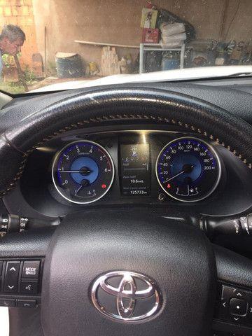 Toyota Hilux SRV 2.8 2017 - Foto 9