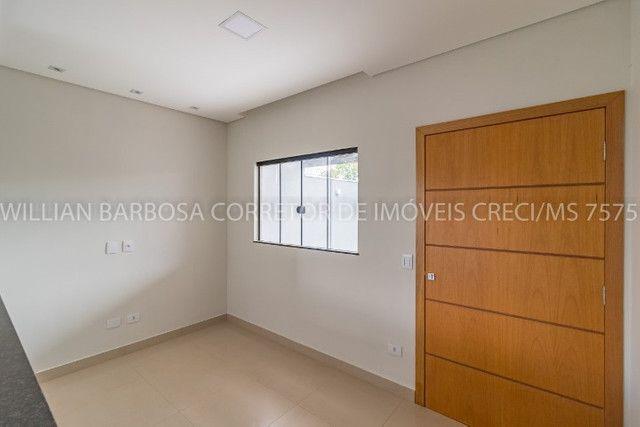 Casa nova com arquitetura moderna e cozinha americana no Rita Vieira 1! - Foto 5