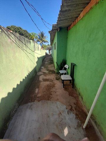 Vende Vila de casas. 4 casas mais salão comercial. Luz separada. água Poço. Sta Emília  - Foto 17