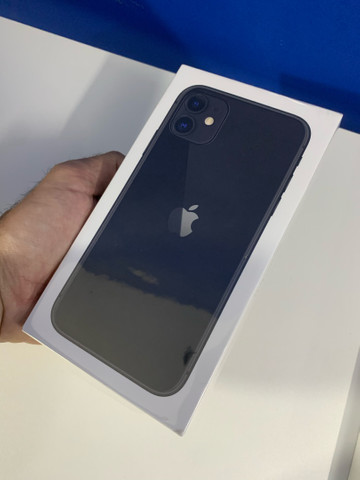 Vendo iPhone 11 64GB NOVO
