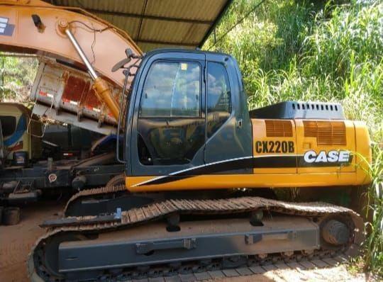 Escavadeira Hidraulica cx 220 case 2012 - Foto 5