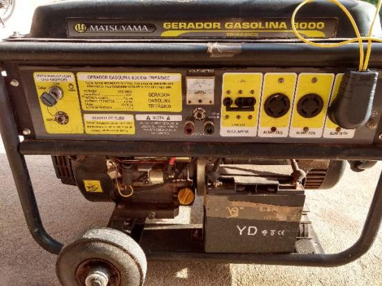 Gerador de energia elétrica trifásico 8000