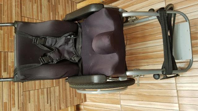Cadeira de rodas - Foto 3