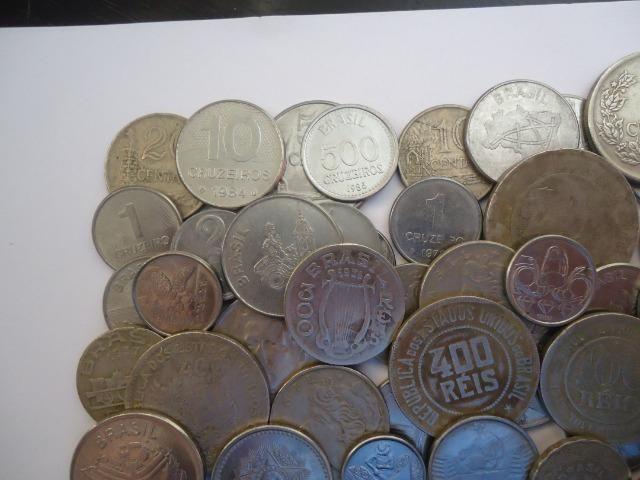 50 moedas antigas nacionais variadas colecionadores - Foto 2