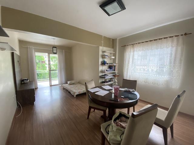 Aluga apartamento 2 dormitórios mobiliado centro Balneário Camboriú - Foto 2