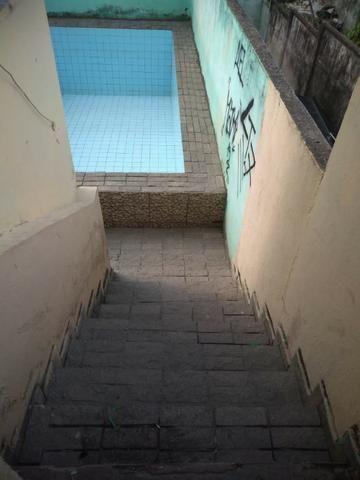 Alugo Casa com Piscina 800 R$ - Centro de Nilópolis