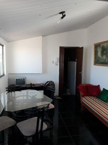 Apartamento 1/4 mobiliado em Itapuã