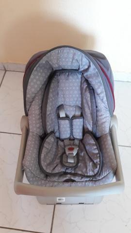 Vendo bebê conforto novíssimo