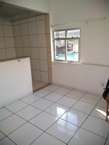 Alugo Casa com Piscina 800 R$ - Centro de Nilópolis - Foto 4