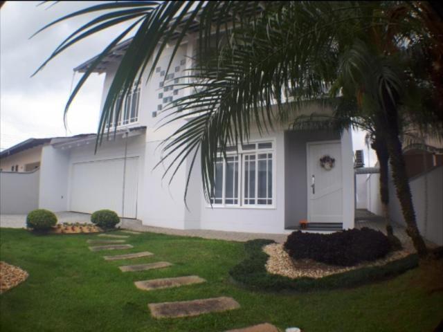 Casa à venda com 3 dormitórios em Boehmerwald, Joinville cod:2120