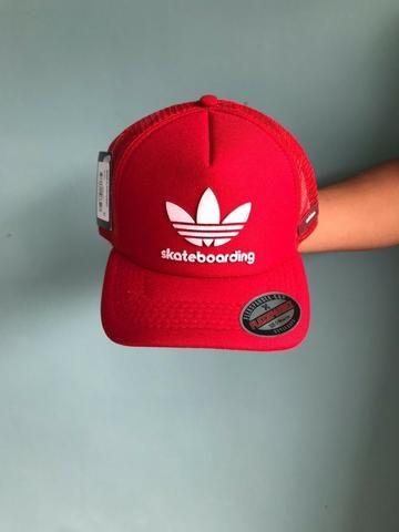 0b252dfcfa Boné Adidas Redinha Trucker - Bijouterias, relógios e acessórios ...
