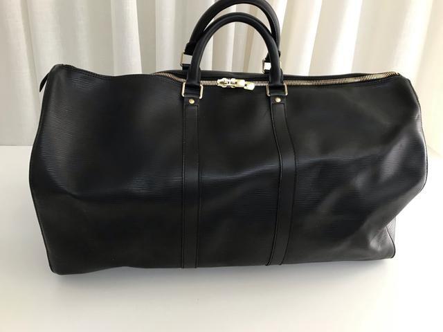8ec50ce1d Mala De Mão Louis Vuitton Keepall Epi Preta Mala De Mão Louis Vuitton  Keepall Epi Preta