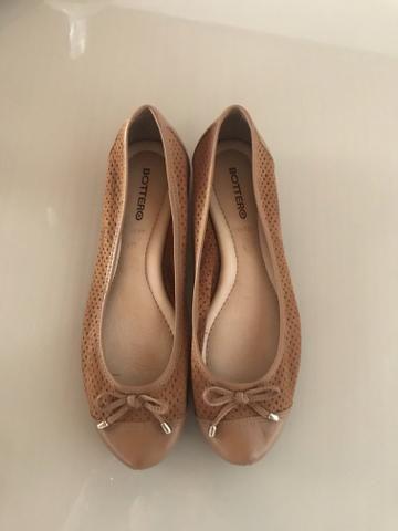 dfe800fe4 Sapatilha de couro - Roupas e calçados - Monte Castelo, Campo Grande ...